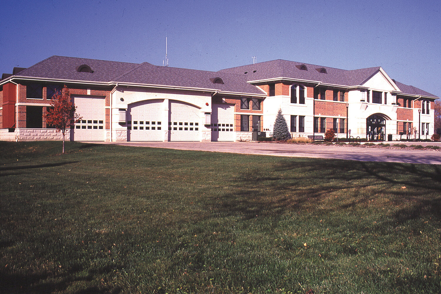 Barrington Public Safety Police and Fire Headquarters exterior 2