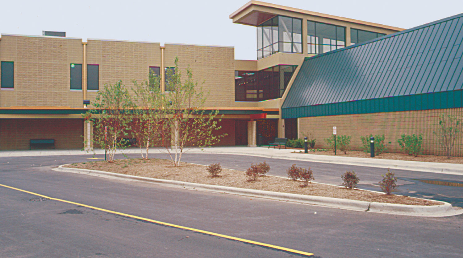 Bolingbrook Park District Annerino Center exterior