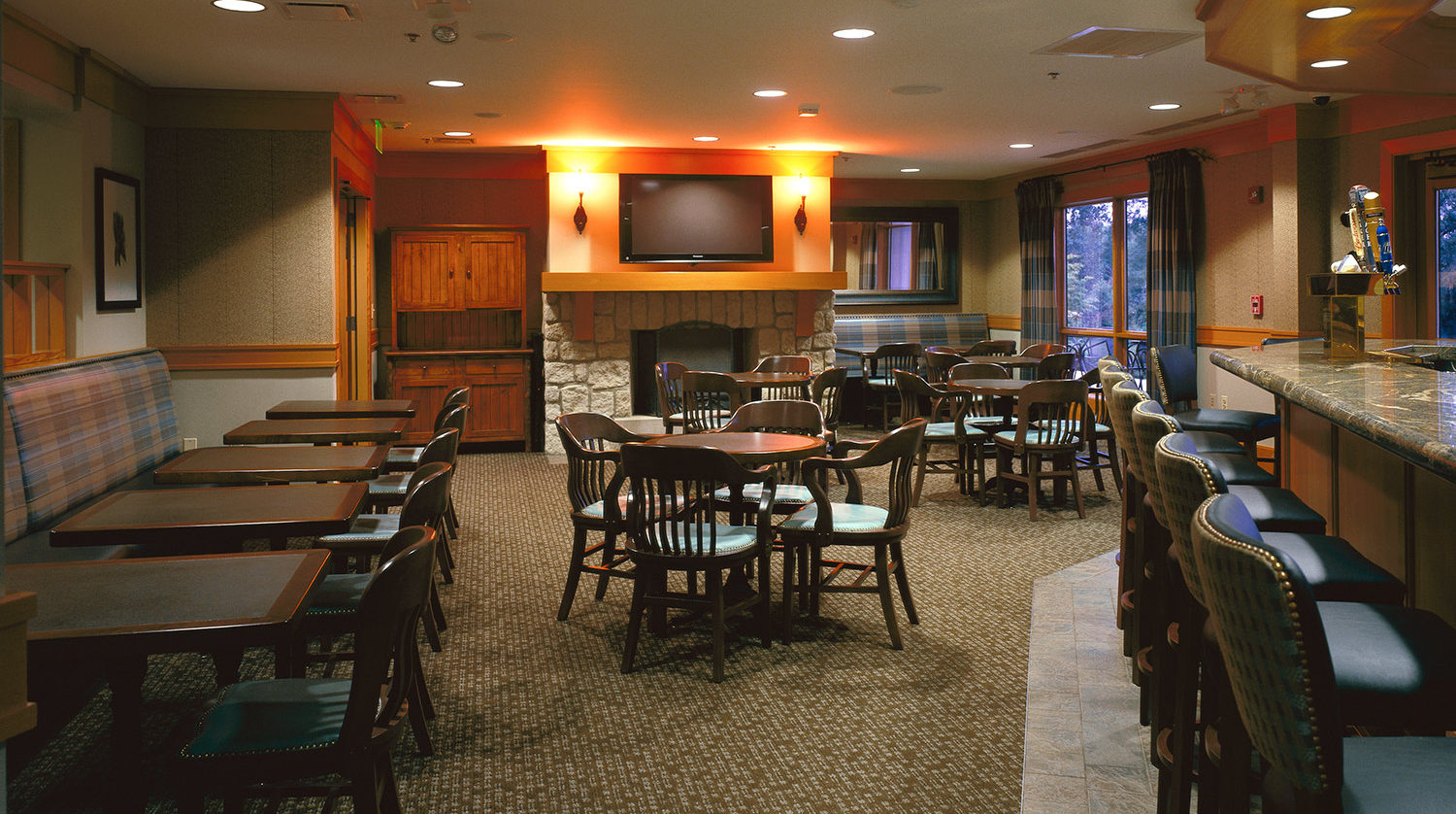 Boughton Ridge Golf Clubhouse Bolingbrook Park District interior