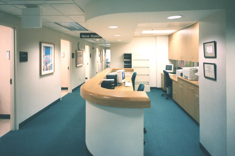 Evanston Northwestern Healthcare_ Deerfield Clinic desk