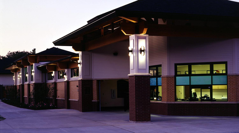 Glenview Park District Roosevelt Aquatic Center Exterior