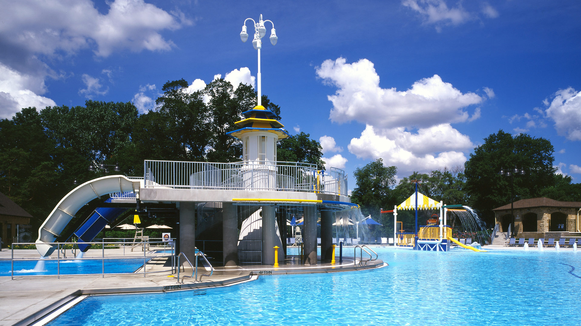 Glenview Park District Roosevelt Aquatic Center
