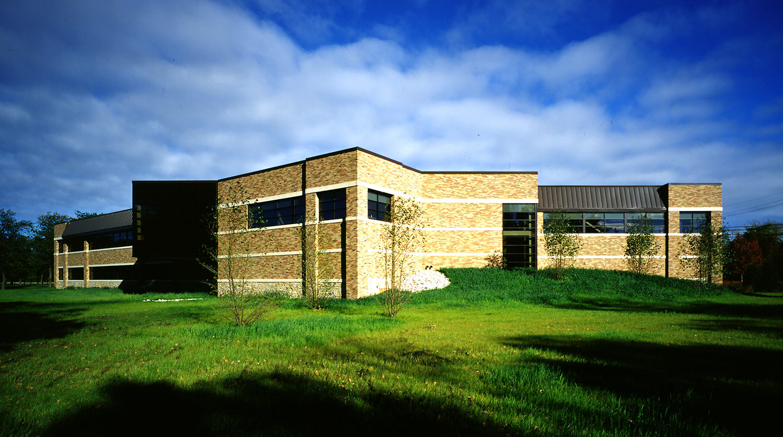 Highland Park Recreation Center exterior