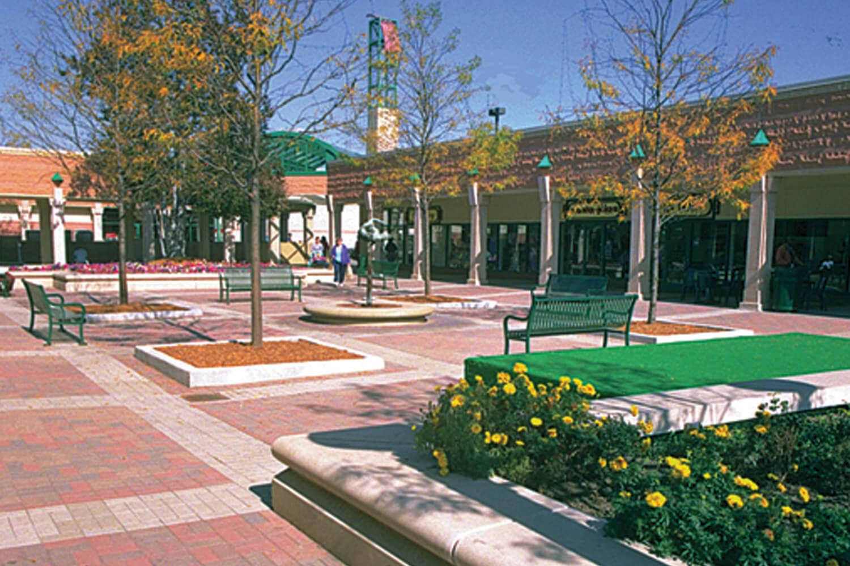 Hyde Park Shopping Center exterior