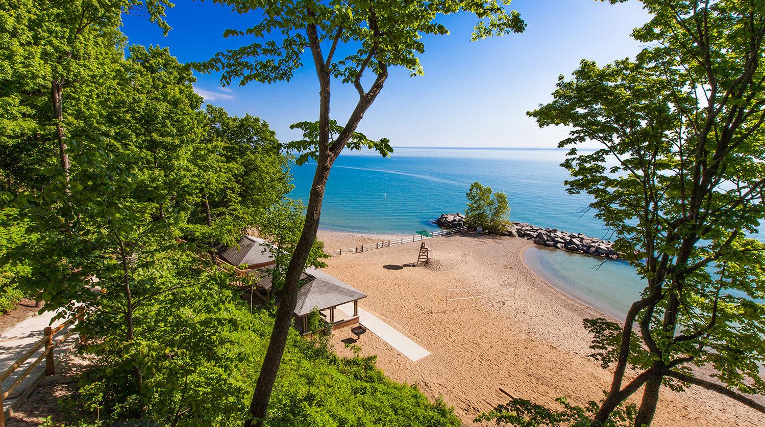 Lake Bluff Beach