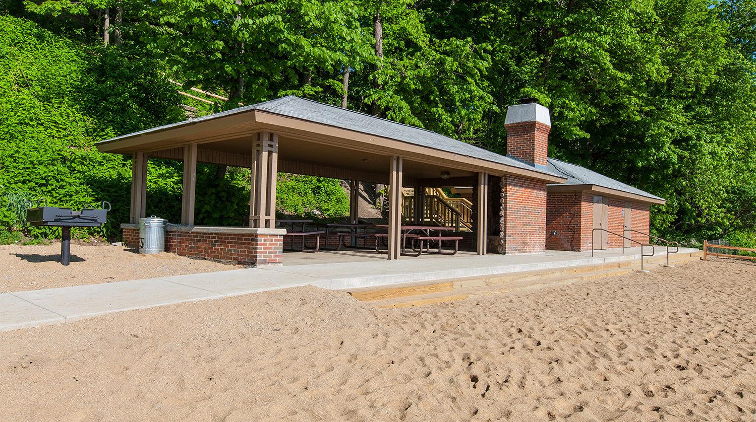 Lake Bluff Beach House