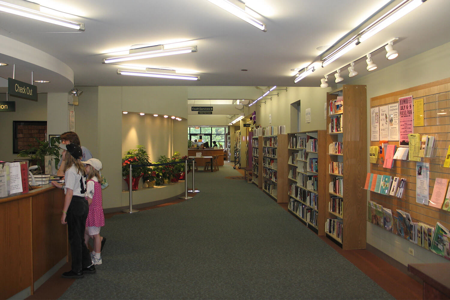 Lincolnwood Public Library interior 10