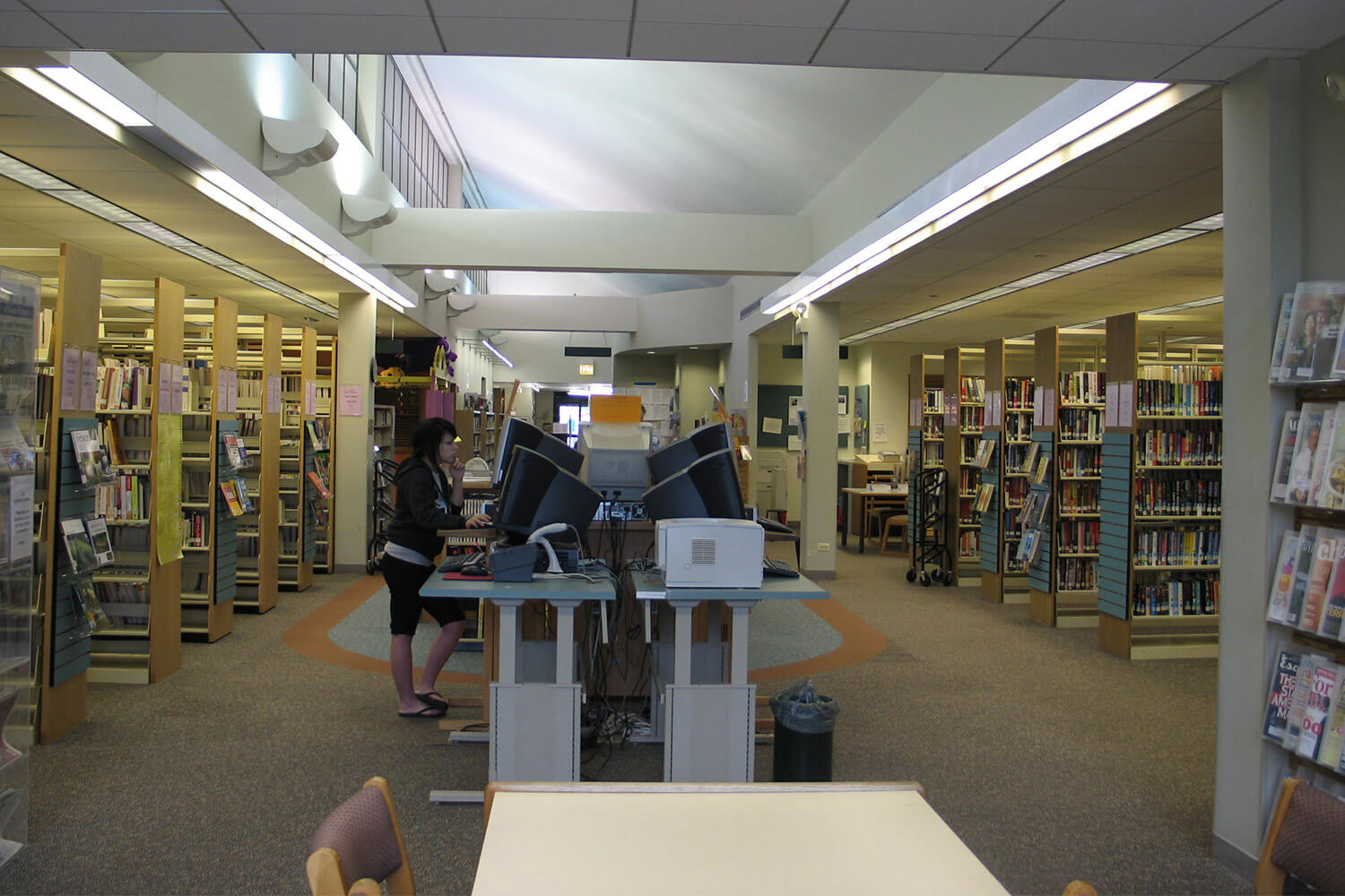 Lincolnwood Public Library interior 5