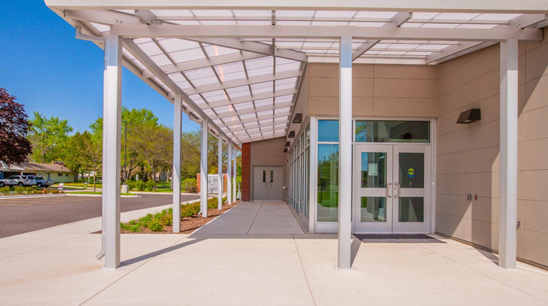 Mundelein Dunbar Recreation Center exterior 1