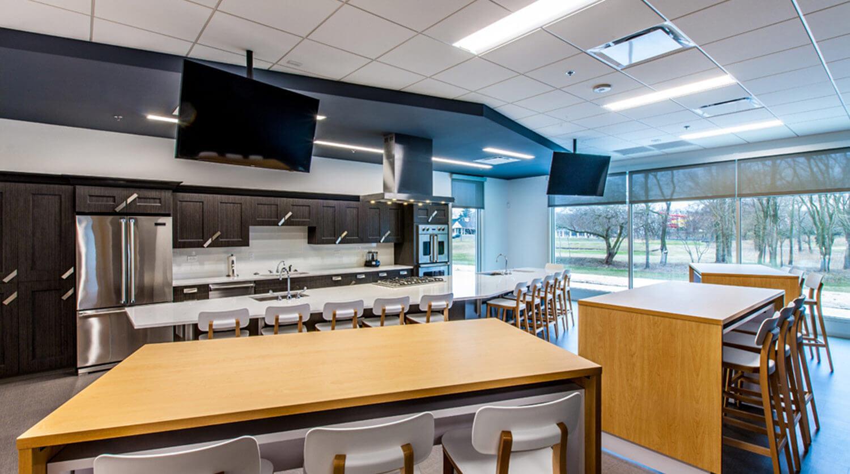 Mundelein Dunbar Recreation Center nutrition classroom 2