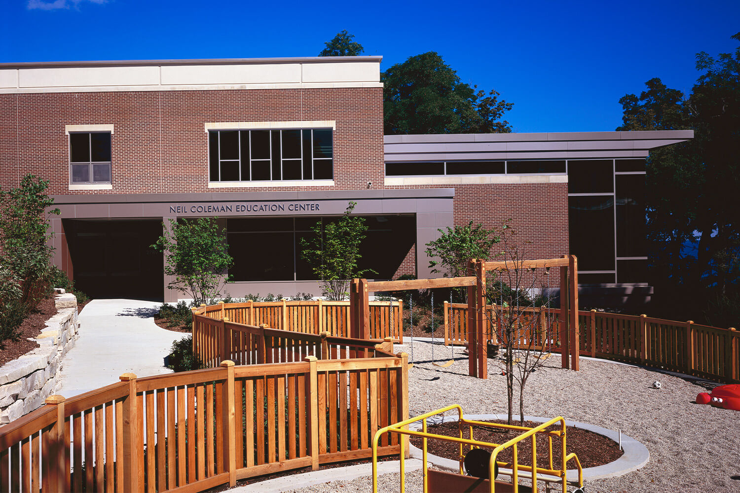 Neil Coleman Education Center B'nai Torah exterior