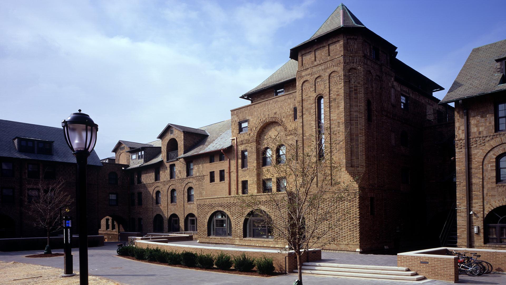 Northwestern University 2303 Sheridan Road Residence Hall