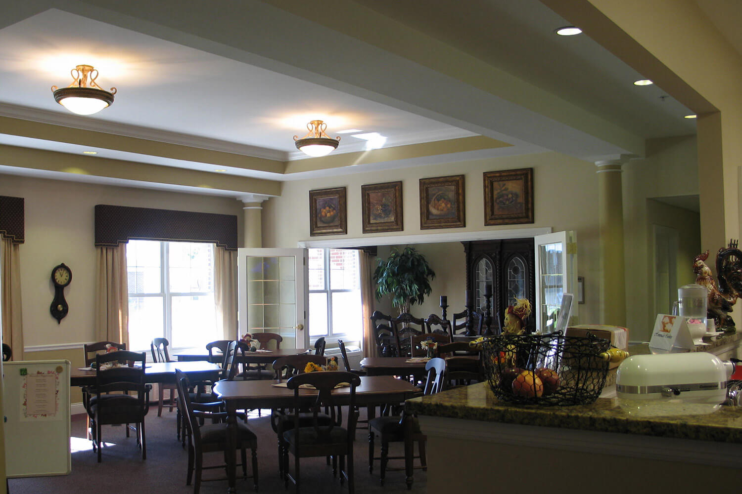 Paradise Park Assisted Living dining room