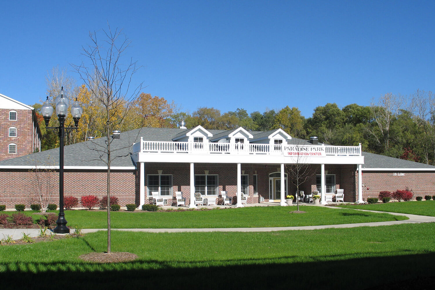 Paradise Park Assisted Living exterior 1