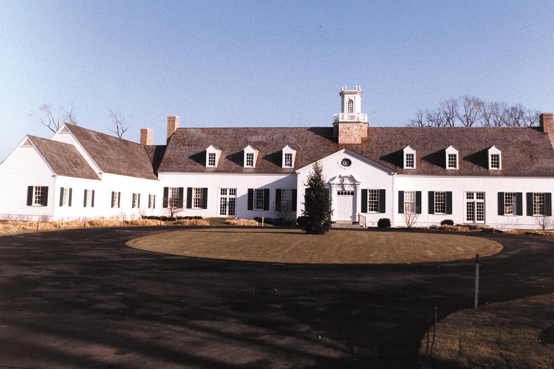 Shore Acres Country Club exterior 2
