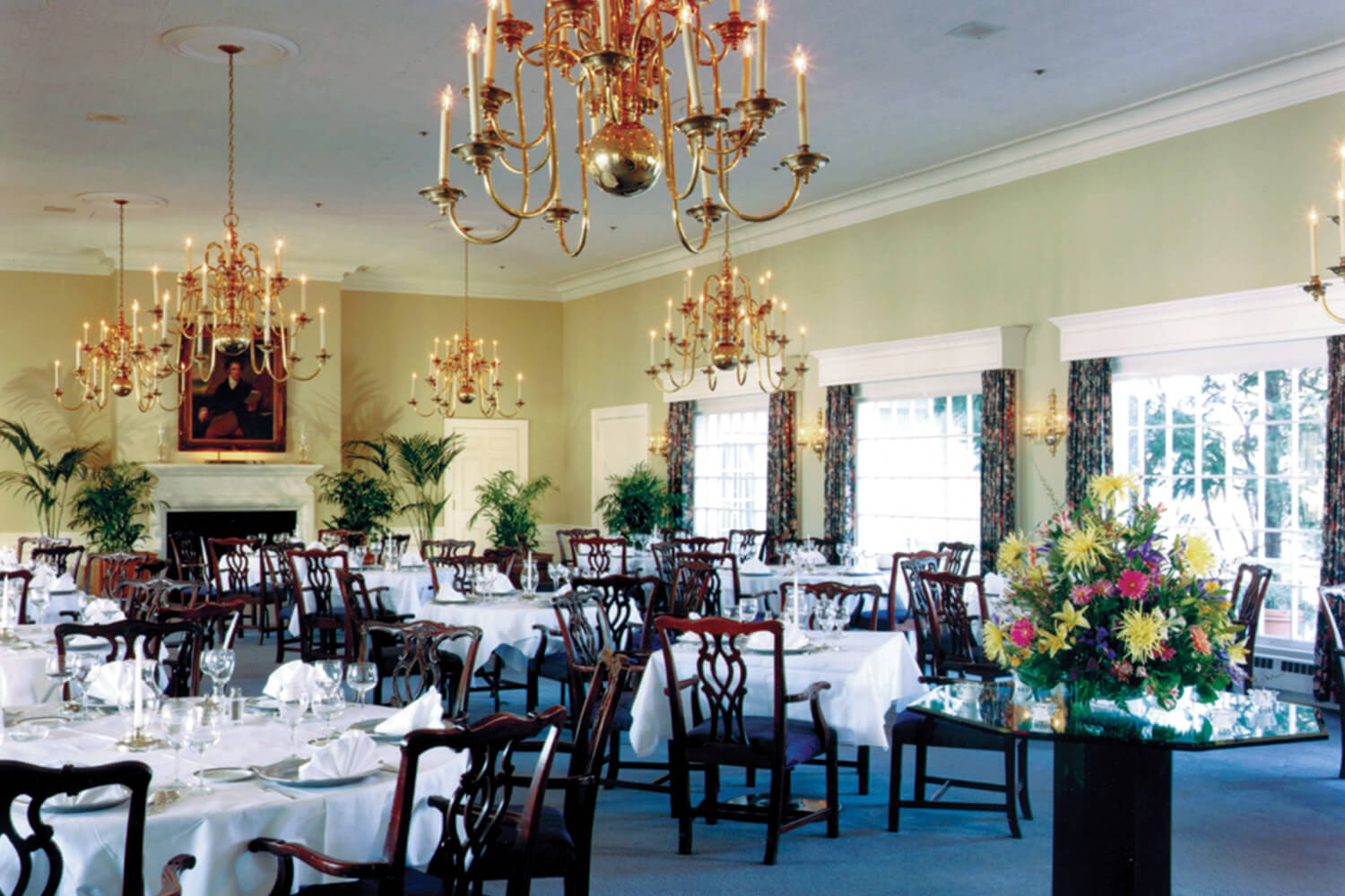 Westmoreland Country Club dining room