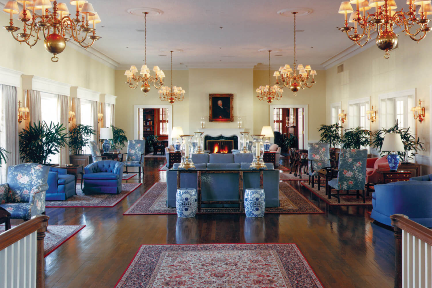 Westmoreland Country Club interior