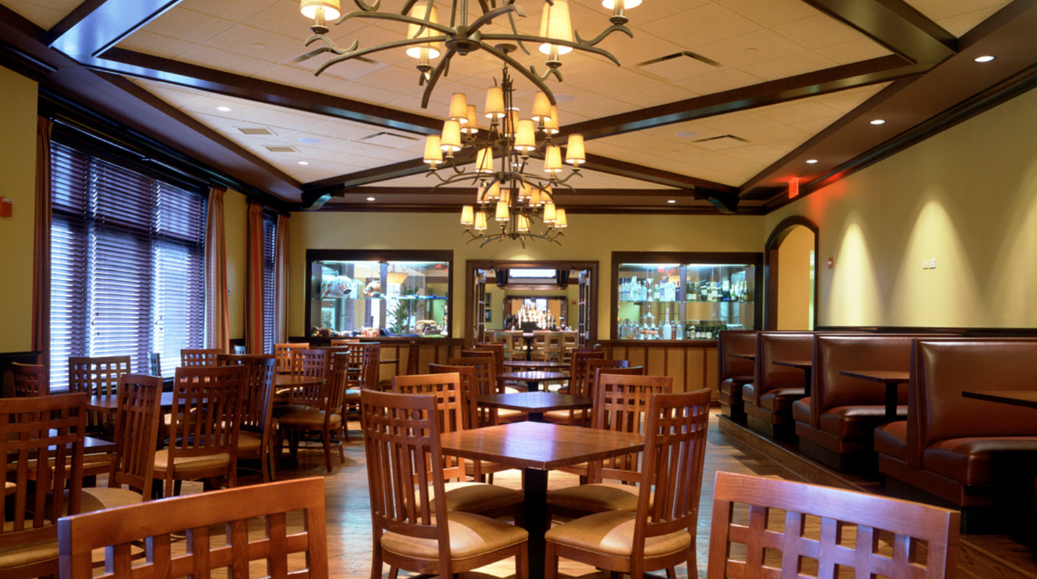 Wheaton Park District Arrowhead Golf Clubhouse dining room 2