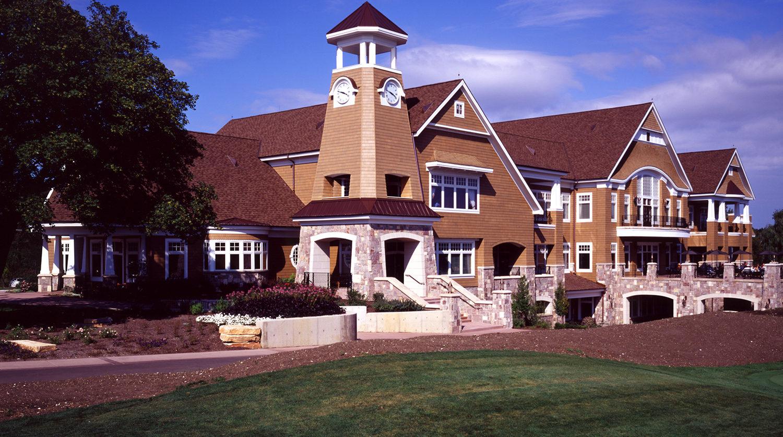 Wheaton Park District Arrowhead Golf Clubhouse exterior 3