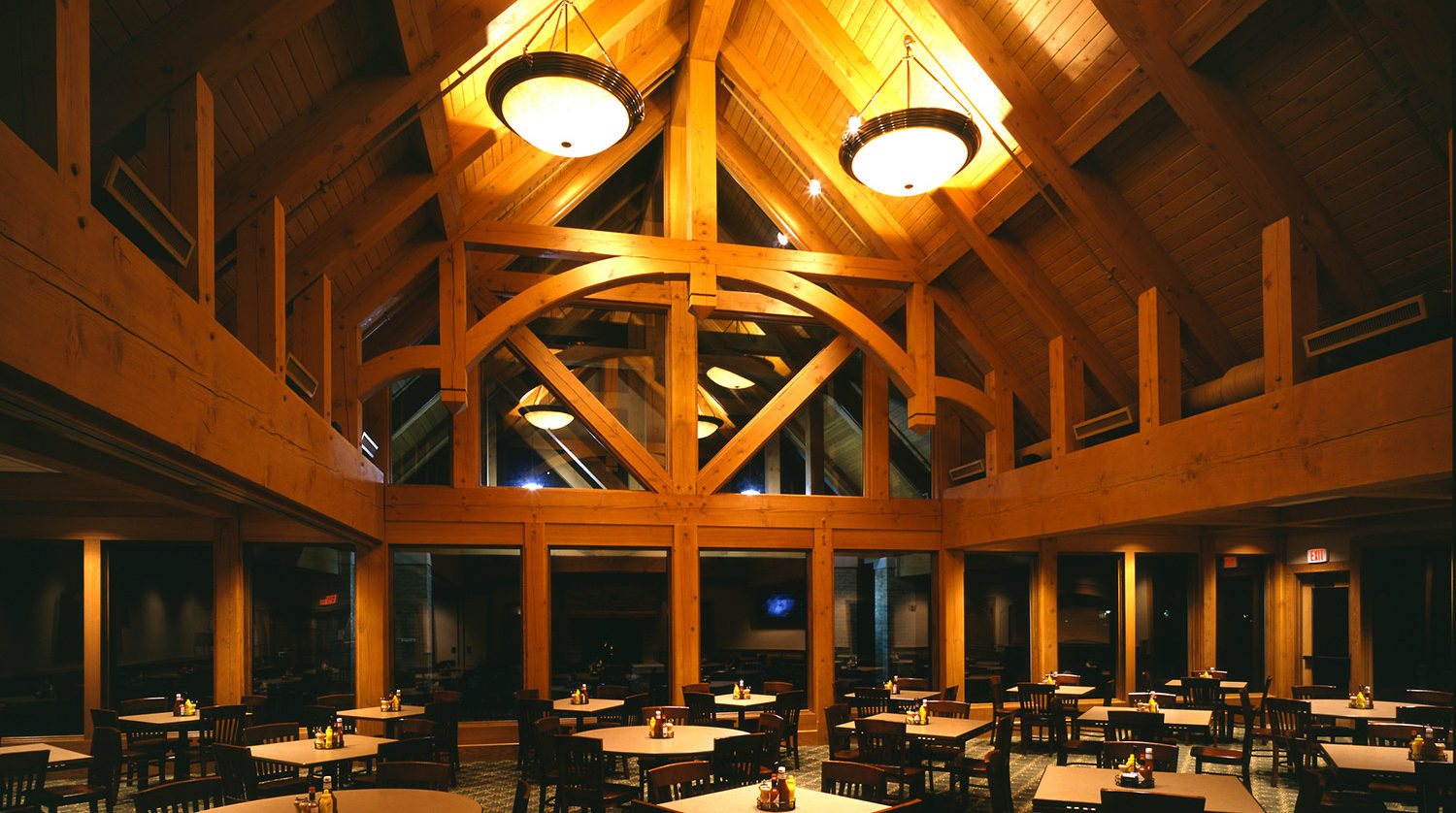 Wilmette Park District Golf Clubhouse dining room