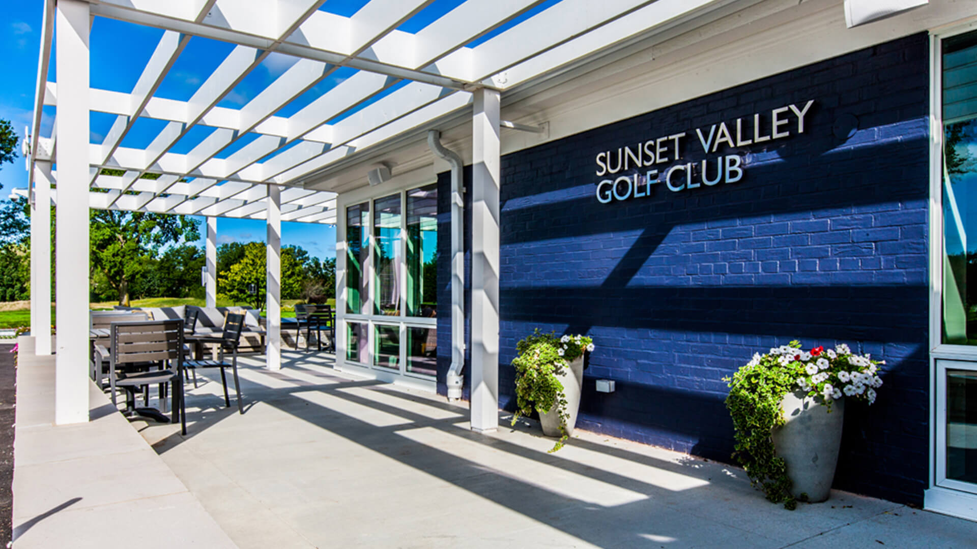 Sunset Valley Golf Clubhouse - Park District of Highland Park