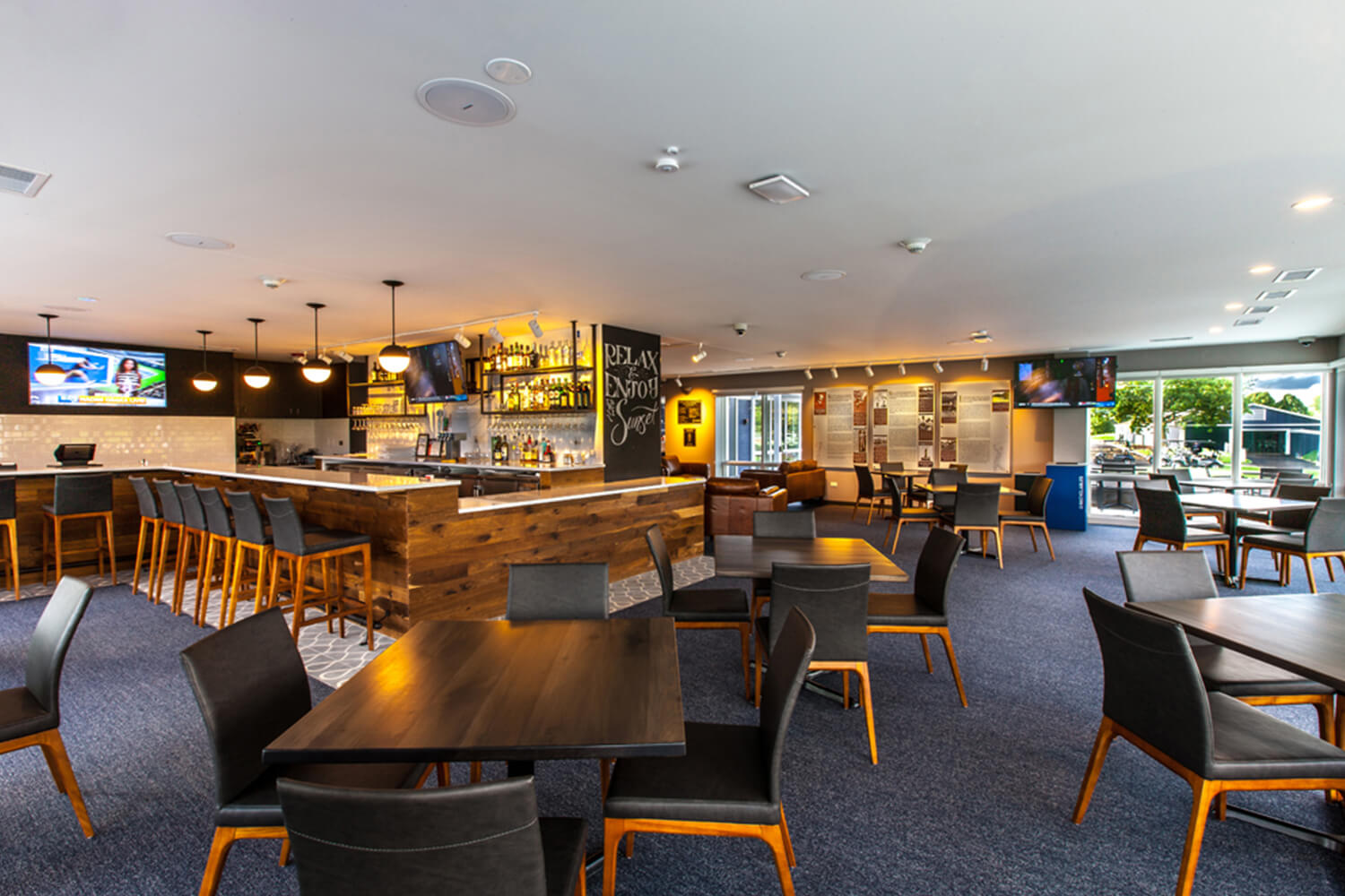 Park District of Highland Park – Sunset Valley Golf Clubhouse interior2