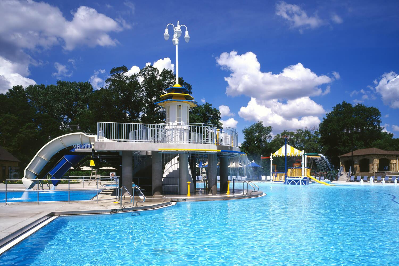 Glenview Park District Roosevelt Aquatic Center pool 1